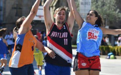 El baloncesto 3×3 completa un sábado de puro deporte en las calles de Pontevedra
